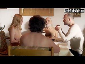 Mirijam Verena Jeremic  nackt