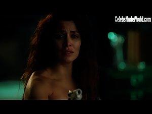 Nackt Shivani Ghai  Shivani Ghai