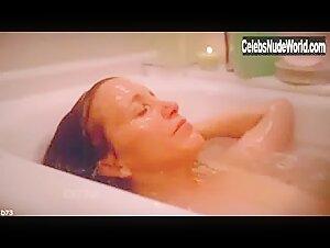felicity huffman nude scene tub