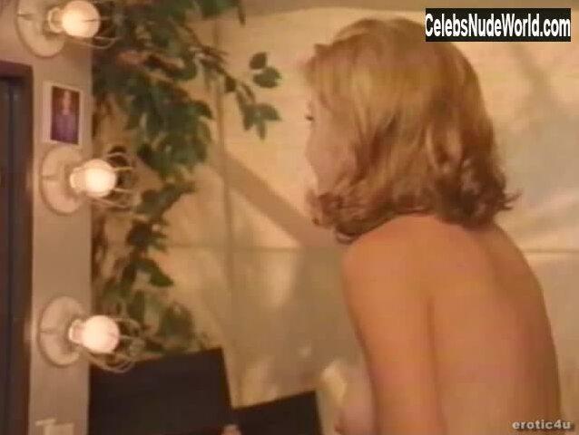 Sheila Vale  nackt